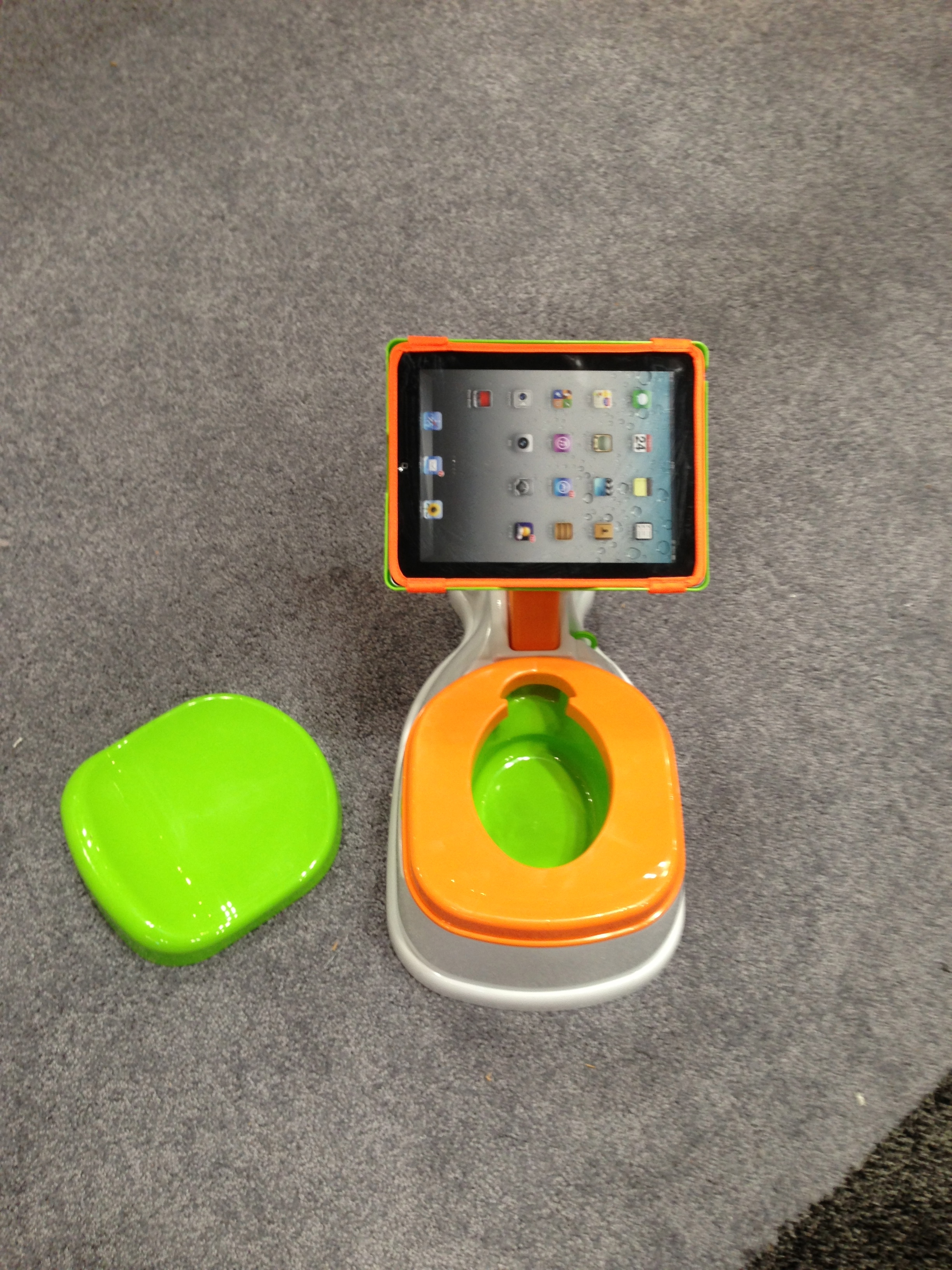 2-in-1 iiPotty with Activity Seat for iPad from CTA Digital
